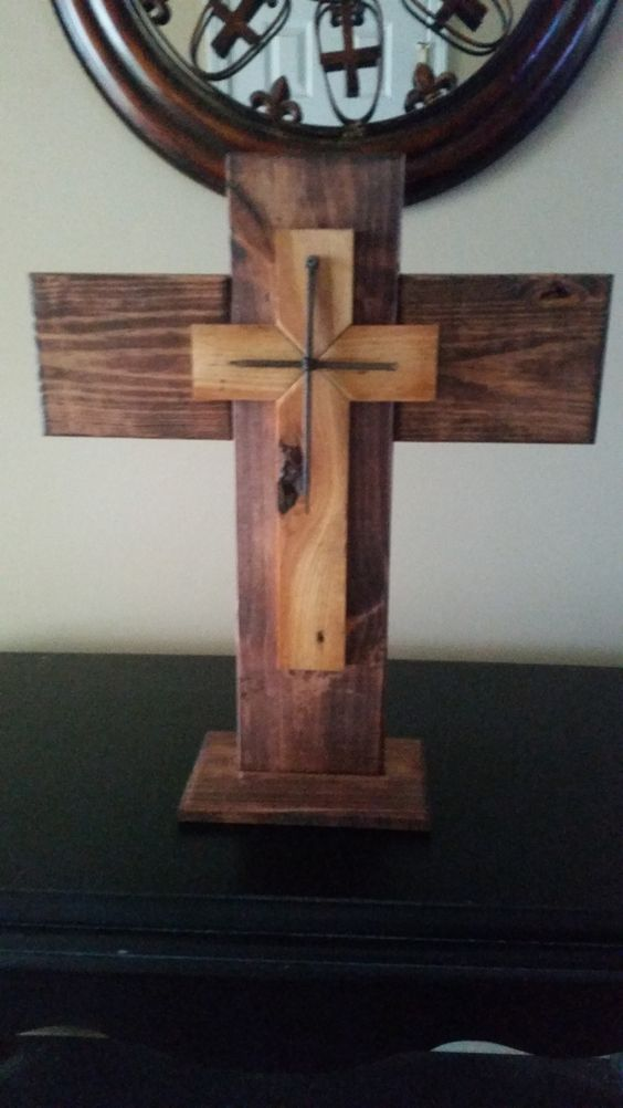 Pallet Cross My Friend Purchased A Metal Cross And Wanted