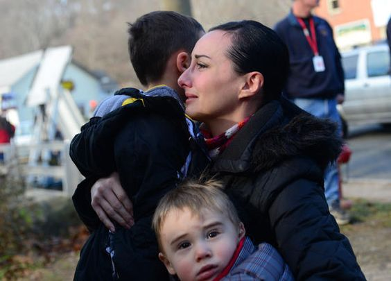 Connecticut school shooting: A baffled town mourns for lives ended in rain of bullets #Newtown