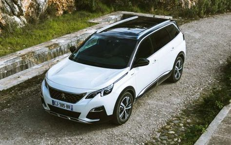 Peugeot 5008 Suv Driving Take A Look At And Video Peugeot Expensive Sports Cars Futuristic Cars Interior