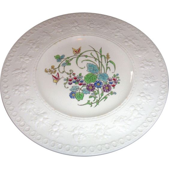 Vintage wedgwood dinner plates wellesley montreal china for Wedgewood designs