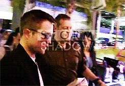 Robert Pattinson arriving in Nice airport for Cannes Film Festival 2014 (May, 16)