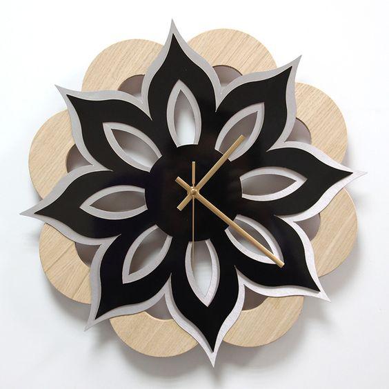 Reloj de pared madera laminada roble lamina decorativa for Madera laminada