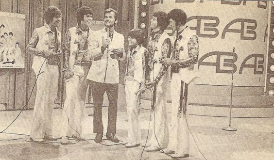 Osmonds with ****** Clark on American Bandstand - 1970 | Donny