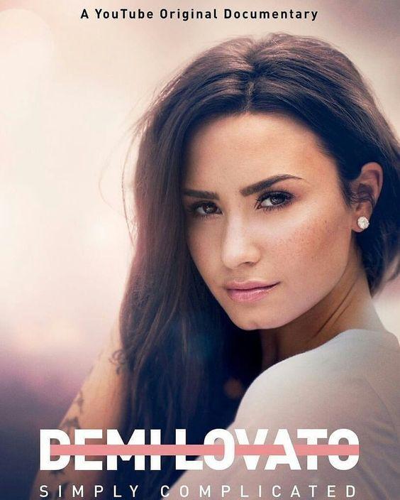 "399 oznaka ""sviđa mi se"", 6 komentara – Demi Lovato (@bestdlovato) na Instagramu: ""A year ago yesterday, Demi's documentary ""Demi Lovato: Simply Complicated"" was released. ✨"""