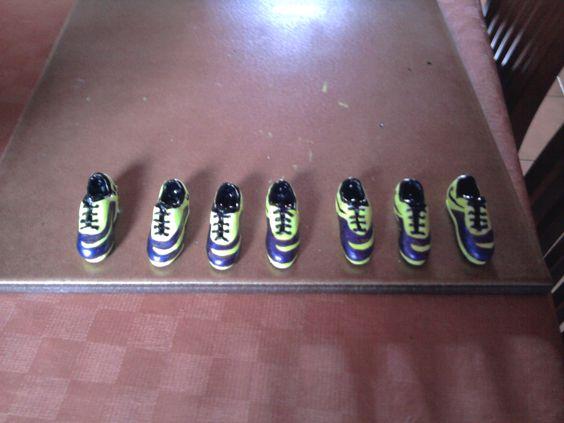 scarpette da calcio (portachiavi) in pasta polimerica