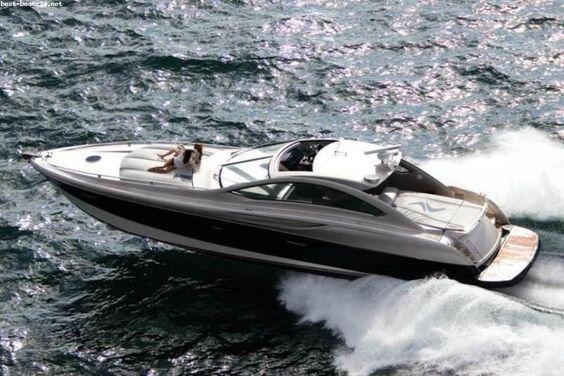 CIGARETTE RACING 55 MILLENIUM Motorboote kaufen. Hier finden Sie weitere Informationen zu Zustand, Baujahr und Preis.