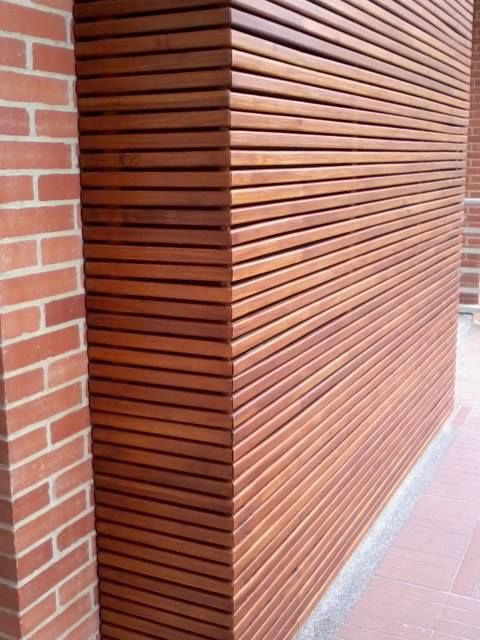 ironwood ipe siding gives architectural interest to any. Black Bedroom Furniture Sets. Home Design Ideas