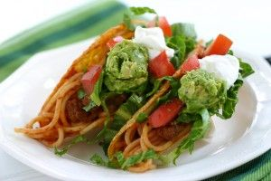Spaghetti Tacos | A silly mash-up of two commonplace, family dinners that entertains as it fills you up!: Icarly Spaghetti, Recipes Food, Yummy Food, Picky Eater, Simple Healthy Recipes, Picky Kids, Spaghetti Taco, Kids Recipes, Free Recipes