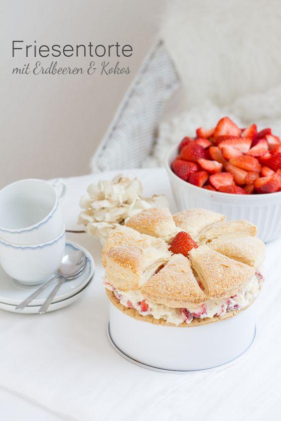 Friesentorte mit Erdbeeren & Kokos