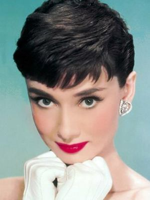 Beauty Icons: Classic is Forever