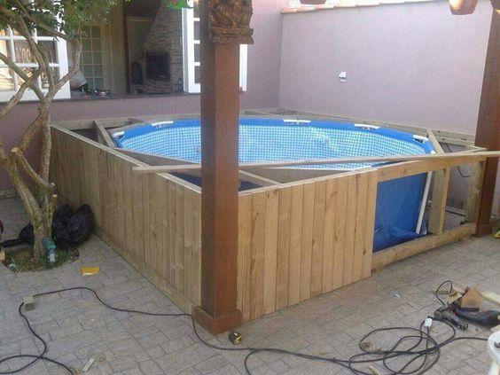 Construindo piscina a partir de uma piscina de pl stico for Piscinas cuadradas de plastico