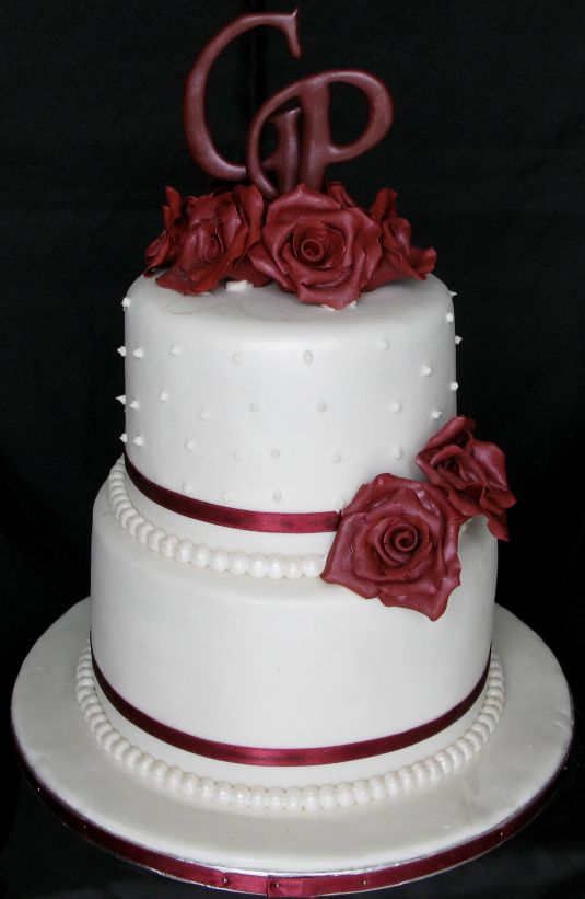 Two Tier Wedding Cakes Roses