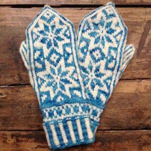 BLUE MITTENS | gift ideas | Pinterest | Mittens and Blue