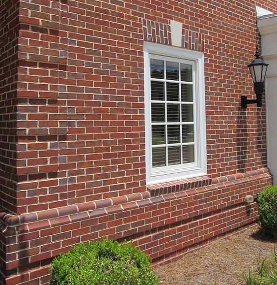Georgian architecture arches and brick patterns on pinterest for Brick quoin detail