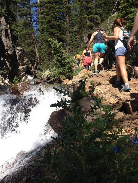 The 7 Best Hikes in Vail, Colorado (I've done 2 of them, gonna do all 7!)