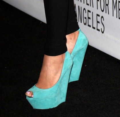 Would so wear these! Too bad im sure theyd cost an arm and a leg and Nick would be like mmm NO haha
