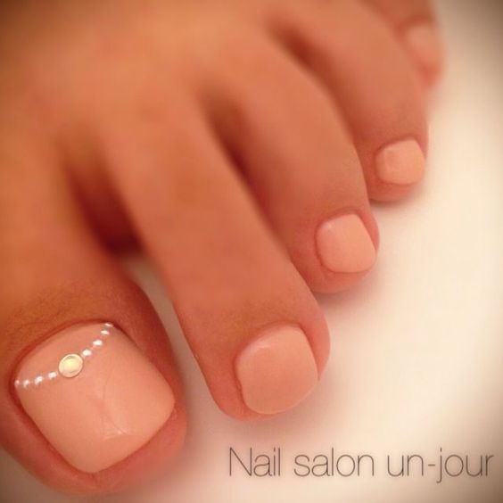 Light Pink Toe Nail Design: