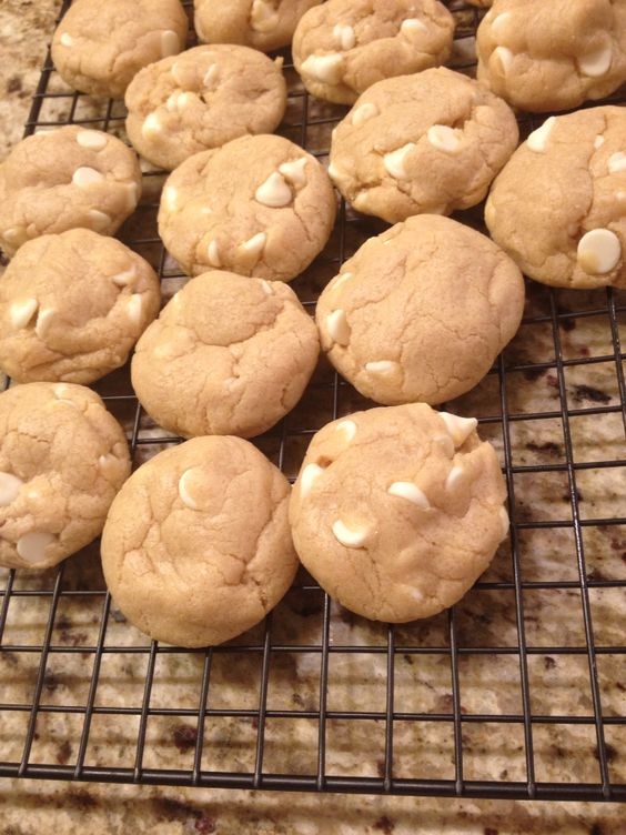 White chocolate cream cheese cookies! #simplesweets