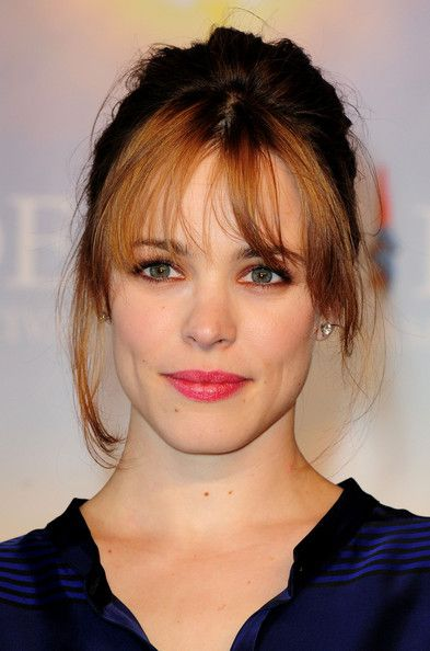 "Pink berry lips and bronze and maroon eye makeup look, seen here on Rachel McAdams at a photocall for ""The Time Traveler's Wife."" Gorgeous and simple."