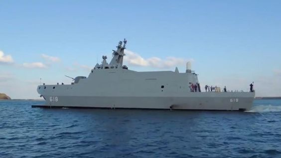 "Republic of China Navy taken delivery of what could be 1st of new class of stealth corvettes.Locally built 500ton Tuo Jiang delivered to Taiwanese Navy from Lung Teh Shipbuilding at harbor of Su-ao.Taiwan said wants to purchase up to dozen corvettes that can travel in excess of 40knots & likely be armed with domestic supersonic anti-ship missile.  ""Armaments reportedly include Hsiung Feng III (HF-3) ramjet-powered supersonic anti-ship missile""."