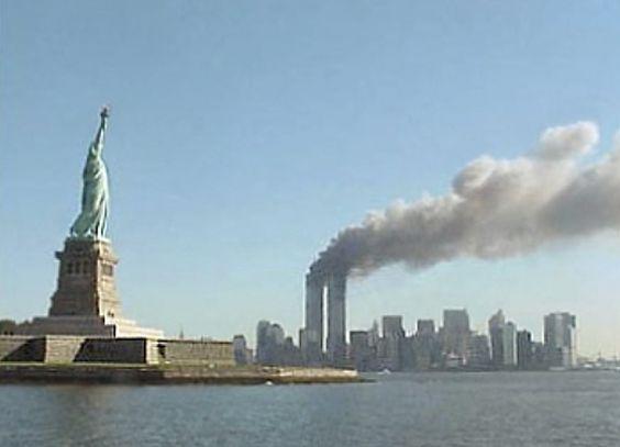 """""""9/11 war kontrollierte Sprengung"""" – Physiker, Luftfahrtingenieure und Architekten veröffentlichen kritischen Artikel in führender Physik-Fachzeitschrift . . . http://www.grenzwissenschaft-aktuell.de/911kritischer-artikel-in-fachzeitschrift20160905"""