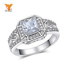LY Vintage Black Friday Fashion Mens Gift White Gold Wedding Rings Square CZ Diamond Jewelry Romanic Engagement Mood Ring