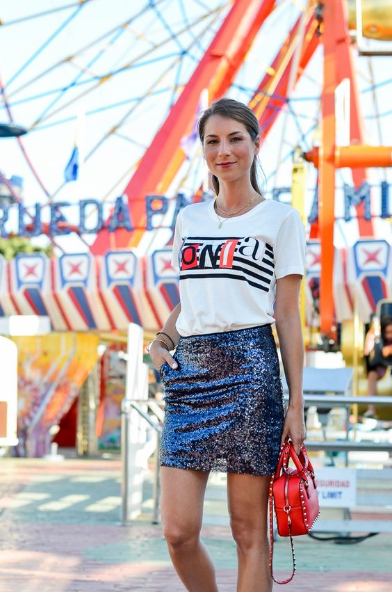 OUTFIT :: PAILLETTENROCK & SONIA RYKIEL T-SHIRT // wearing a sequin skirt, sneakers and my new SONIA t-shirt