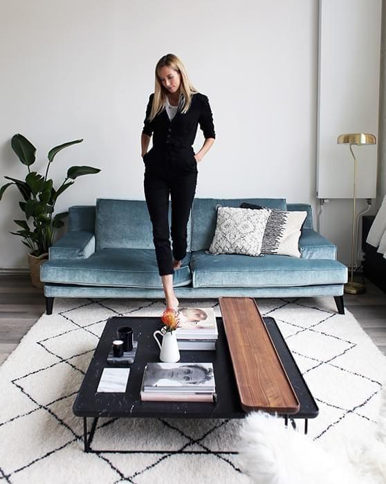 Zoe Fidji Ivry Sur Seine Inside Closet En 2020 Deco Salon Deco Maison Deco Interieure