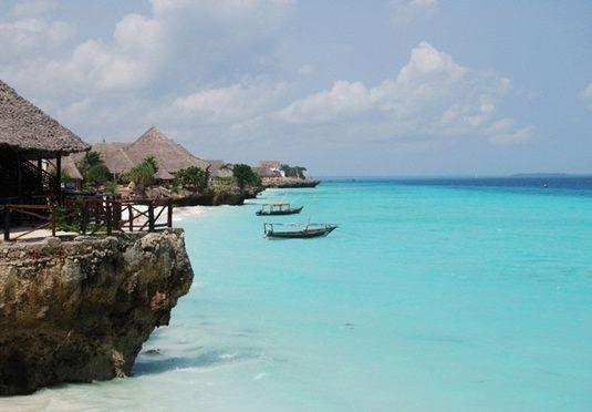 Jenseits von Afrika: 7 oder 10 Tage in luxuriöser Ferienoase – inkl. Flügen, Privattransfers