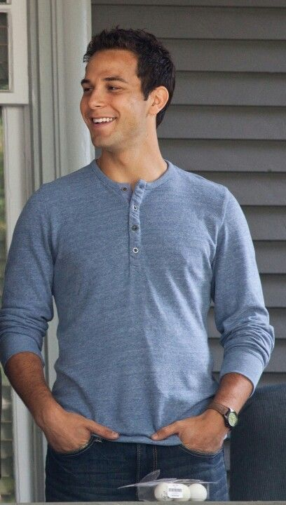 Skylar Astin. he is so adorable. and his voice...mhmmm.