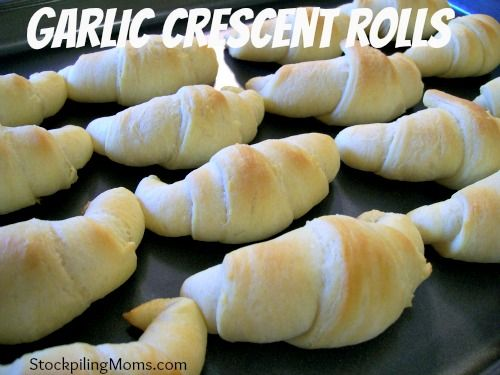 Garlic Crescent Rolls Recipe - Super Easy using @Pillsbury Crescents  http://www.stockpilingmoms.com/2012/10/garlic-crescent-rolls/