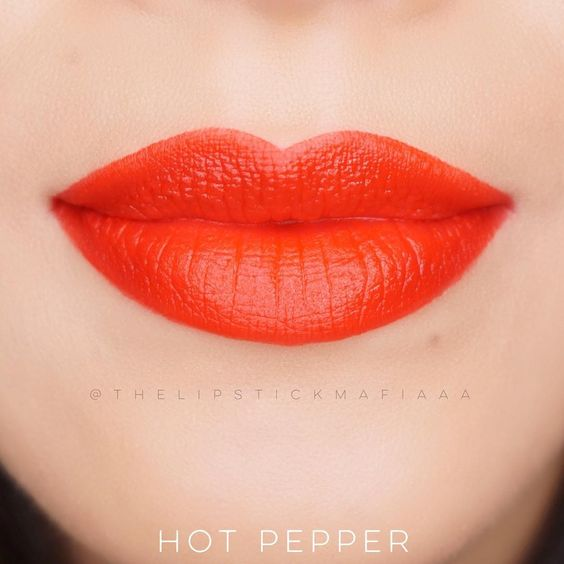 Rouge Edition Velvet in the shade No 03 HOT PEPPER