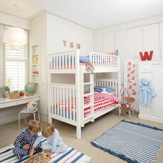 hochbett im kinderzimmer 100 coole etagenbetten f r kinder zuk nftige projekte pinterest. Black Bedroom Furniture Sets. Home Design Ideas
