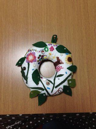 ソーイング:花のドアリース
