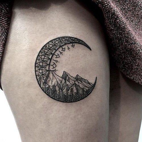 Mountain Tattoos Thigh Mountain Tattoos Thigh Berg Tattoos Oberschenkel Tatouages De Montagne Cuisse Tatuaj In 2020 Moon Tattoo Thigh Tattoo Mountain Tattoo