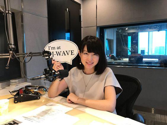 平井理央ラジオのお仕事中