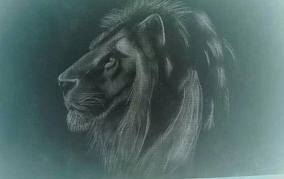 Disegno leone in negativo