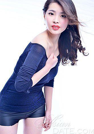 Dê uma olhada em nossa galeria de fotos: Mulher Mulher asiática Xiaoyu