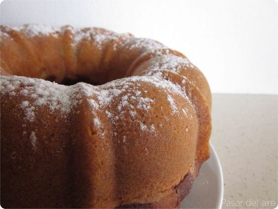 Pasar del aire: Orange & dark chocolate chunks bundt cake gromenauer: Bundt Cakes, From Air, Mis Recetas, Aire Orange, Dark Chocolate, Chunks Bundt, Orange Dark, Cake Gromenauer