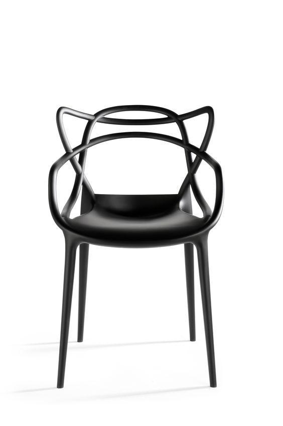 chaise masters pour kartell design philippe starck 2009 la chaise masters est un mix du. Black Bedroom Furniture Sets. Home Design Ideas