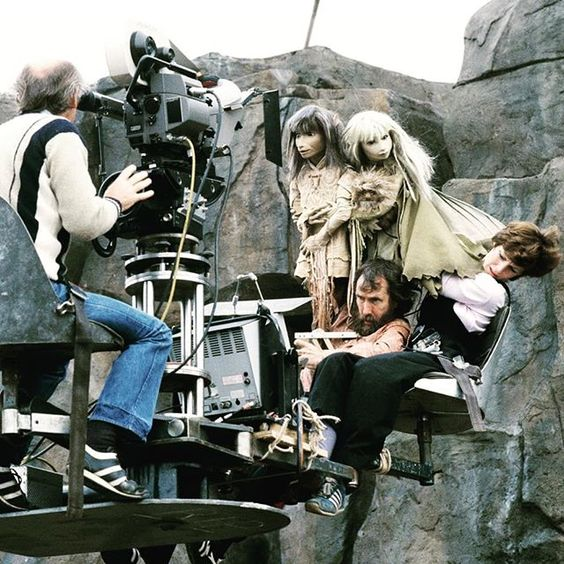 "The master of puppets the great Jim Henson and Kathy Mullen puppeteering ""Jen"" & ""Kira"" for the 1982 fantasy tale The Dark Crystal.  #thedarkcrystal #jimhenson #jimhensonscreatureshop #animatronics #puppets #practicaleffects #specialeffects #behindthescenes #bts #filmmaking #spfx #puppeteer"