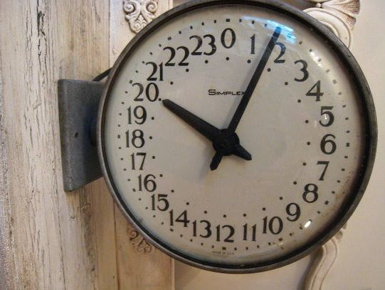Se assim como muita gente, 24 horas é pouco para você, a revista Exame selecionou 10 vídeos sobre administração do tempo, que foram feitos quem busca aproveitar melhor a rotina do dia a dia. Confira algumas dicas farão o relógio trabalhar a seu favor: