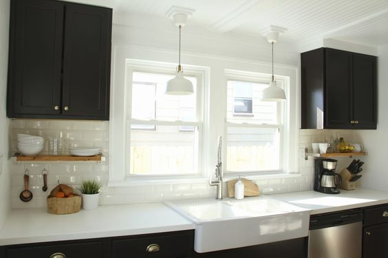 So, your rental apartment or newly-built home didn't come with coffered ceilings or pressed tin tiles? Set your sights above that unsightly popcorn or drop ceilings you've been dealt.