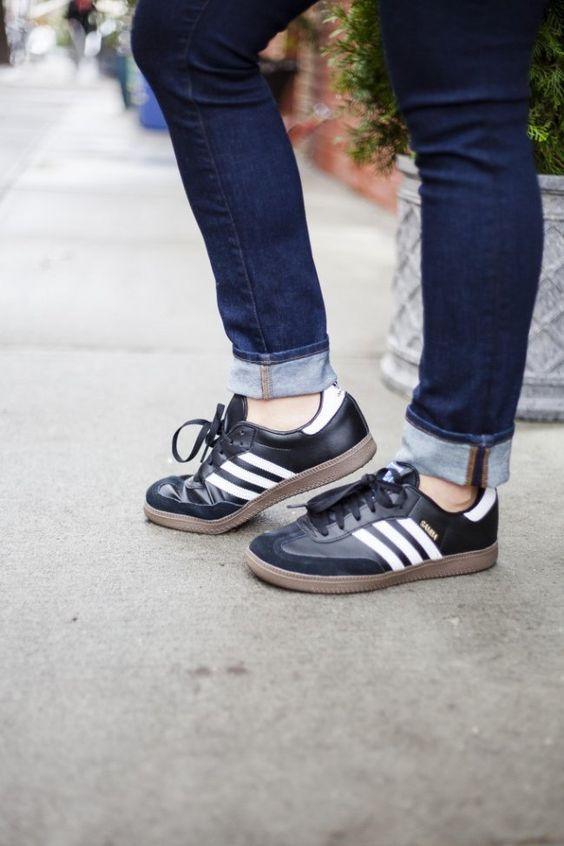 adidas shoes samba classic sneakers