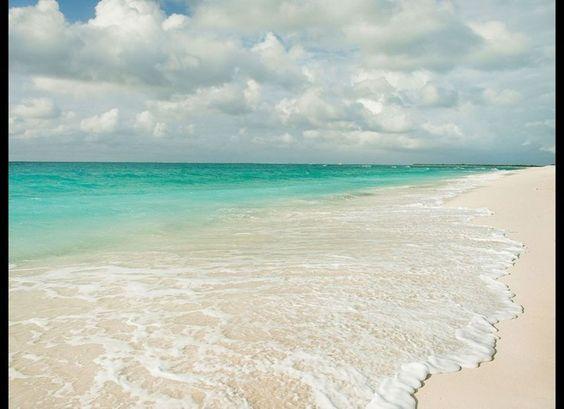 foreign travel advice turks caicos islands