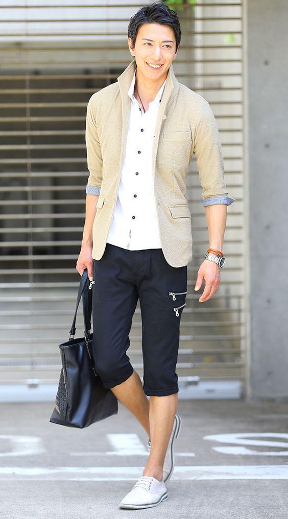 メンズ黒クロップドパンツの着こなしコーディネート例 春夏 - 大人のファッションカレッジ
