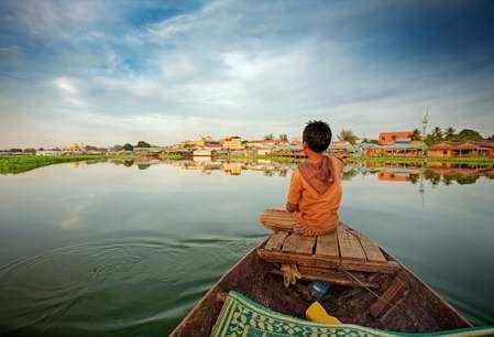 Sự bình yên trong lòng hồ