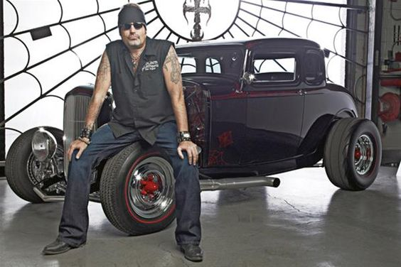 This man is HOT!  Danny Koker from Counting Cars - 32 Ford hotrod