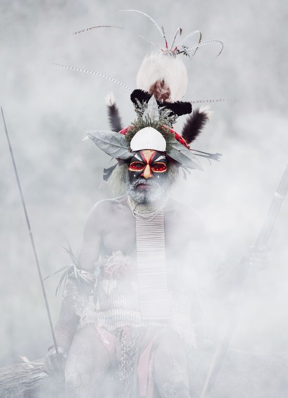 "Goroka man, Papua New Guinea in Jimmy Nelson's ""Before they pass away"":"