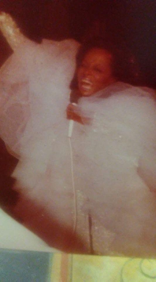 Diana Ross At Resorts Casino Hotel Atlantic City Nj 1979 Diana Ross Casino Hotel Casino Resort